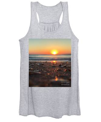 Beach Glow Women's Tank Top