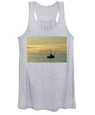 Fishing Off Santa Cruz Women's Tank Top