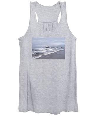 Manhattan Pier Surf And Waves Women's Tank Top