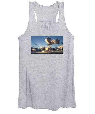 Sun Rays And The Cloud Women's Tank Top