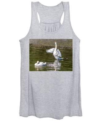 A Pair Of Swans Women's Tank Top