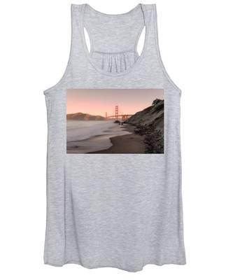 Sunrise In San Fransisco- Women's Tank Top