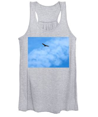 Women's Tank Top featuring the photograph Turkey Vulture In Flight by Judy Kennedy