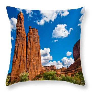 Canyon De Chelly Spider Rock Throw Pillow