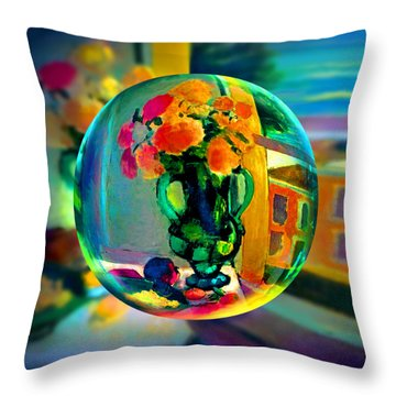 Cercle La Vie En Rose  Throw Pillow