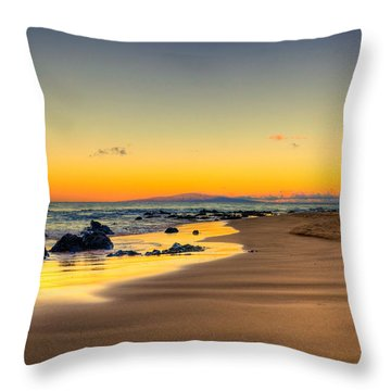 Keawakapu Beach Sunrise Throw Pillow