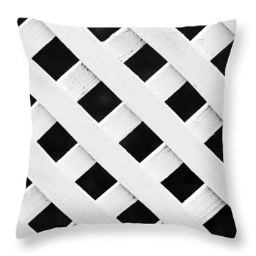 Lattice Fence Pattern Throw Pillow