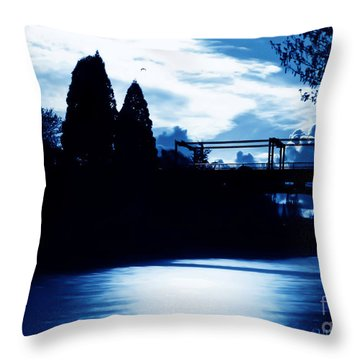 Montlake Bridge In Seattle Washington At Dusk Throw Pillow