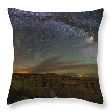 Pinnacles Overlook At Night Throw Pillow
