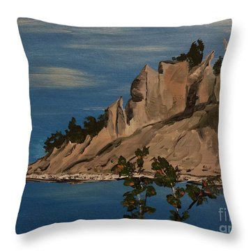 Ptg. Chimney Bluffs Throw Pillow