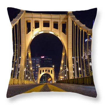 0304 Roberto Clemente Bridge Pittsburgh Throw Pillow