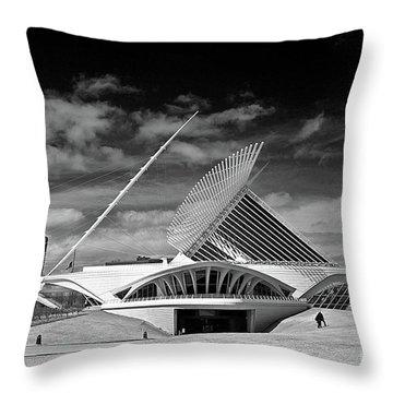 0352 Milwaukee Art Museum Infrared Throw Pillow by Steve Sturgill