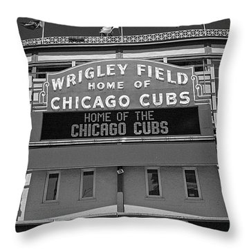 0600 Wrigley Field Throw Pillow