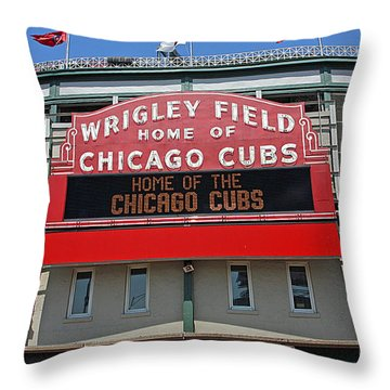0601 Wrigley Field Throw Pillow