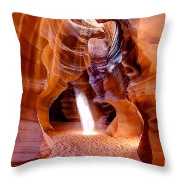 0728 Upper Antelope Canyon - Arizona Throw Pillow