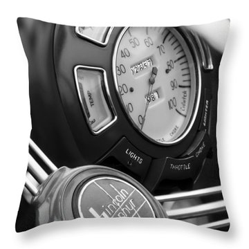 1940 Lincoln-zephyr Continental Cabriolet Steering Wheel Emblem Throw Pillow