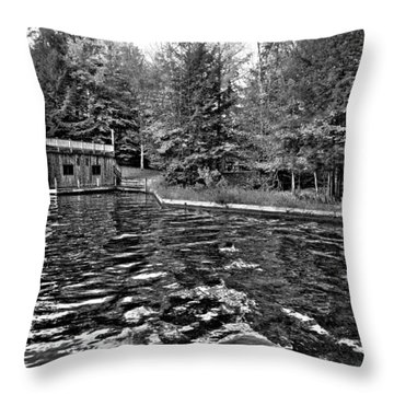 Arrowhead Park Waterway In Inlet New York Throw Pillow by David Patterson