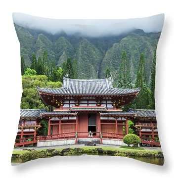 Throw Pillow featuring the photograph Byodo-in Temple 1 by Leigh Anne Meeks