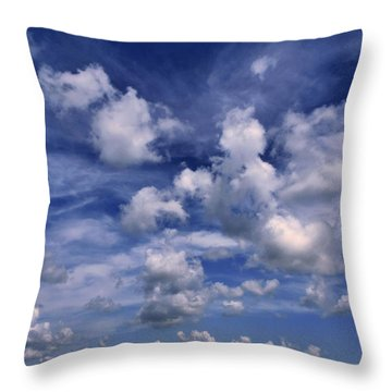 Cloudscape 4 Throw Pillow