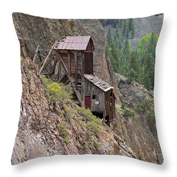 Commodore Mine On The Bachelor Historic Tour Throw Pillow