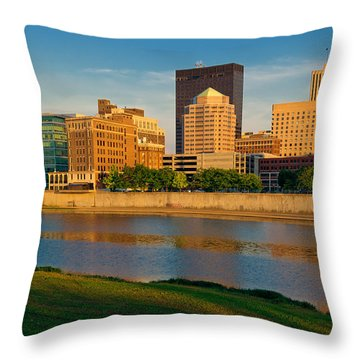 D4u-379 Dayton Skyline Photo Throw Pillow