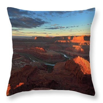 Early Morning At Dead Horse Point Throw Pillow