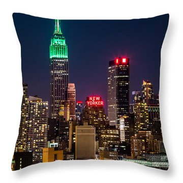 Empire State Building On Saint Patrick's Day Throw Pillow