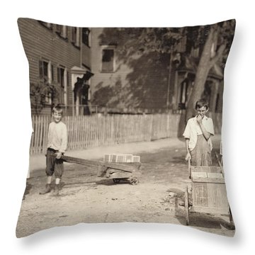 Family Of Workers, 1912 Throw Pillow