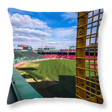 Fisk's Pole And The Green Monster Throw Pillow by Tom Gort