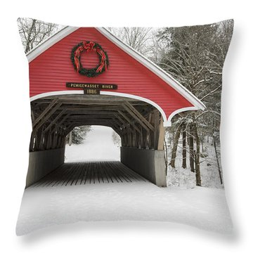 Flume Covered Bridge - White Mountains New Hampshire Usa Throw Pillow