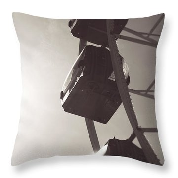 Fremantle Ferris Wheel  Throw Pillow