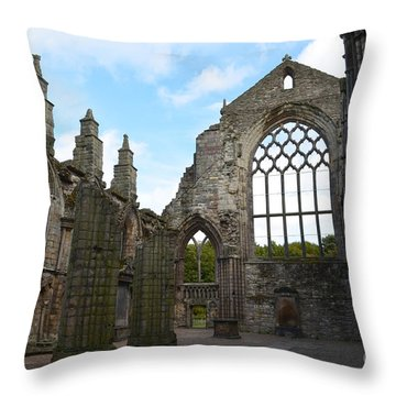 Holyrood Abbey Ruins Throw Pillow