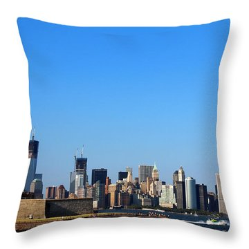 Lady Liberty Watches 1wtc Rise Throw Pillow