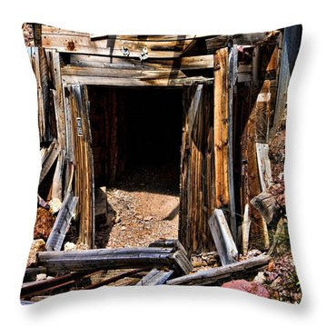 Midwest Mine Shaft Throw Pillow