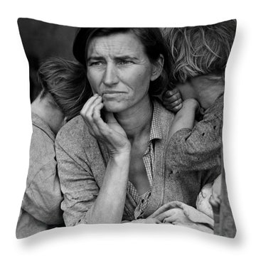 Migrant Mother Throw Pillow
