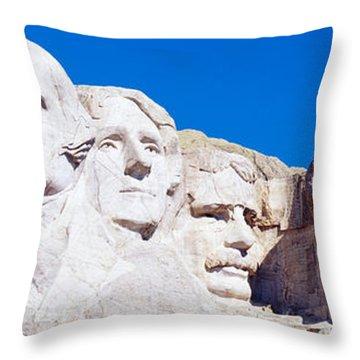 Mount Rushmore, South Dakota, Usa Throw Pillow