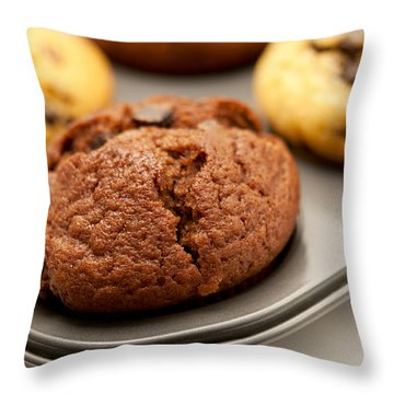 Muffins Throw Pillow by Fabrizio Troiani