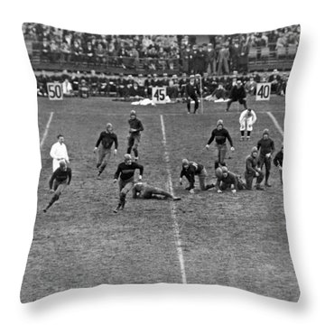 Notre Dame-army Football Game Throw Pillow