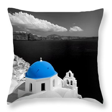 Oia Town On Santorini Island Greece Blue Dome Church Black And White. Throw Pillow