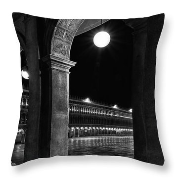 Piazza San Marco 2 Throw Pillow