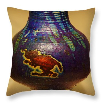 Pretty Pot Throw Pillow