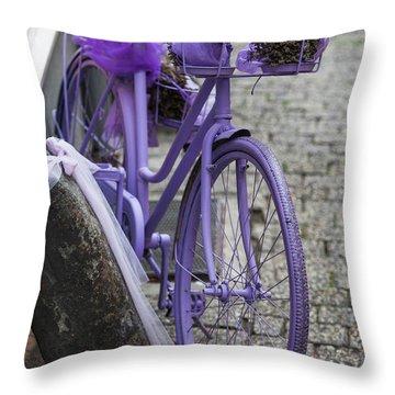 Limburg Throw Pillows