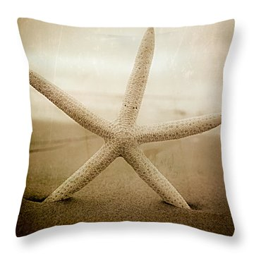 Throw Pillow featuring the photograph Right At Home by Ryan Weddle