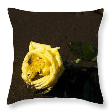 Rosey Beach Wedding Throw Pillow