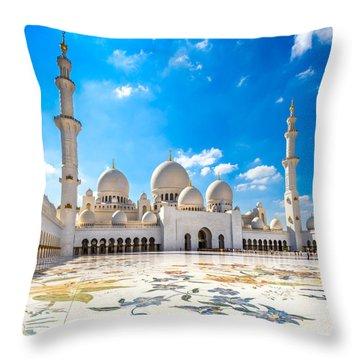 Sheikh Zayed Mosque - Abu Dhabi - Uae Throw Pillow