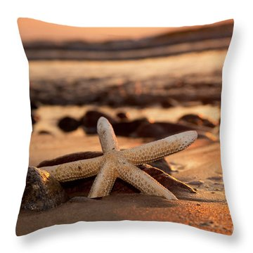 Starfish On The Beach At Sunset Throw Pillow