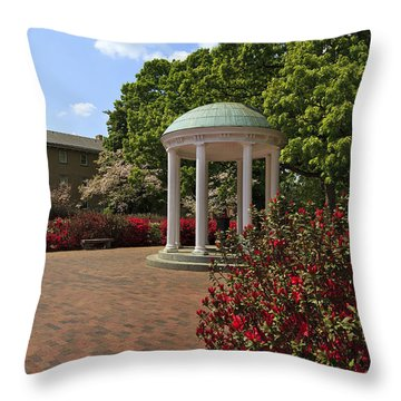 The Old Well At Chapel Hill Throw Pillow