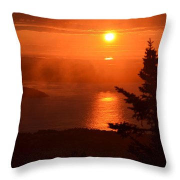 The Sunrise From Cadillac Mountain In Acadia National Park Throw Pillow