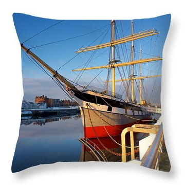 Throw Pillow featuring the photograph The Tall Ship Glasgow by Stephen Taylor