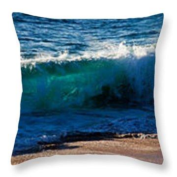 Wave Splashing On The Beach, Todos Throw Pillow